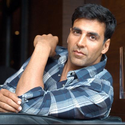 अक्षय कुमार बने बॉलीवुड के सबसे महंगे स्टार, लिए बतौर मेहनाताना 100 करोड़ रुपए!