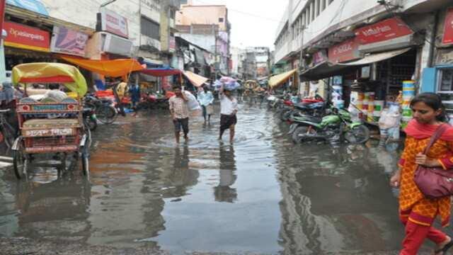 हल्की बारिश से ही बिगड़ी जहानाबाद शहर की सूरत
