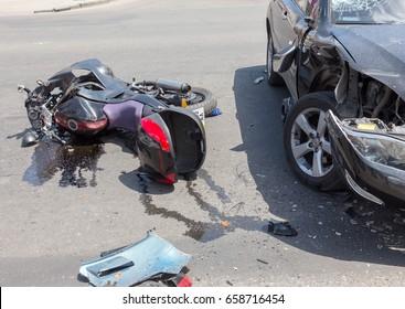 जहानाबाद: ट्रक के धक्के से स्कूटी सवार गंभीर रूप से जख्मी