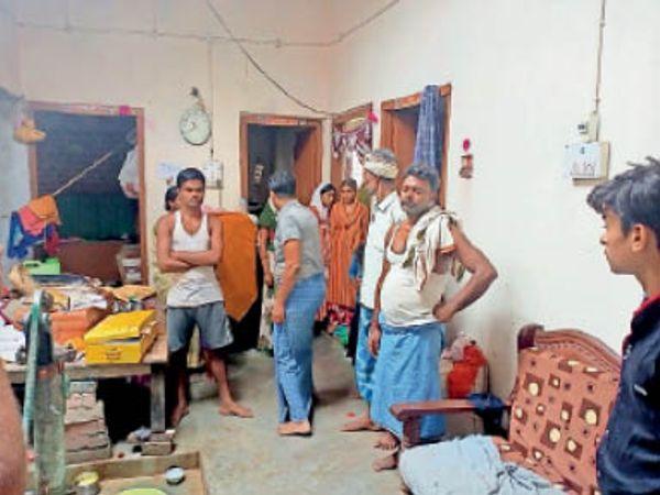 जहानाबाद: छत से घर में उतरे चोरों ने उड़ायी 5 लाख की संपत्ति